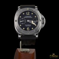 PANERAI<BR>LUMINOR SUBMERSIBLE ACERO.